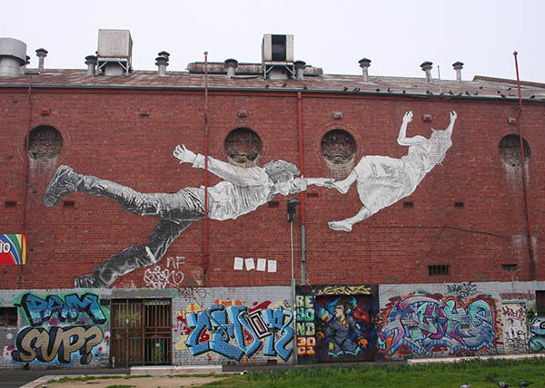 flying_lovers_in_footscray