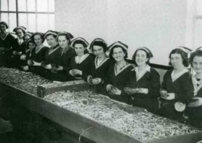Women workers in the Maribyrnong Explosives factory