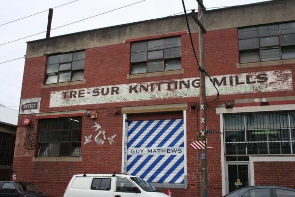 Tresur knitting mills