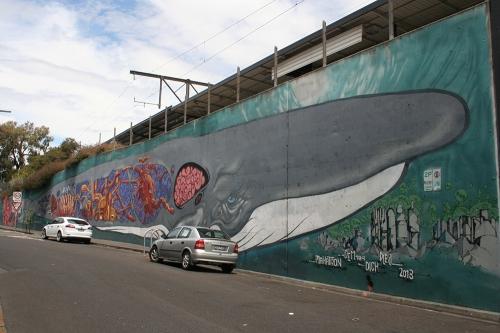 makatron-whale