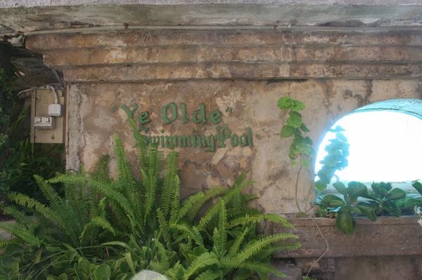 olde-swimming-pool