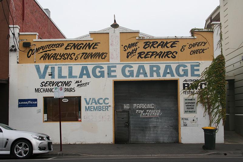Village-garage
