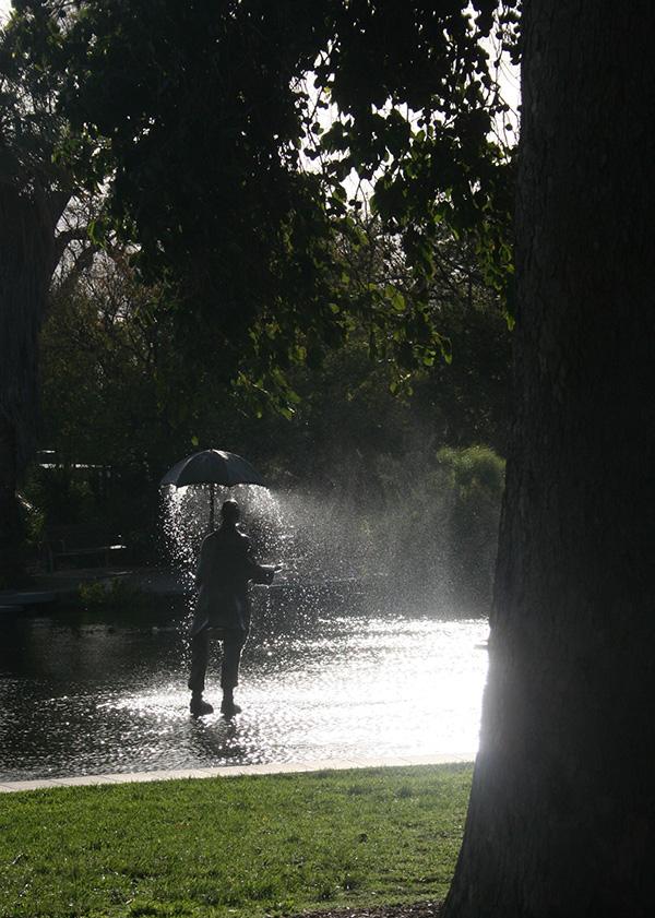 St_Kilda_gardens_lake_2