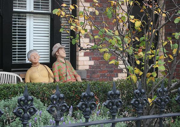 statues-middle-park